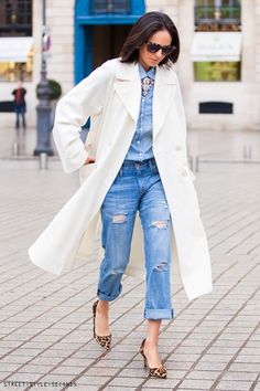 how to style distressed boyfriend jeans, Paris Fashion Week Fall 2014, photo by Street Style Seconds