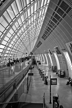 Gare d'Avignon TGV. Been there. It was a truly impressive ride from Paris and them back again. So very smooth.