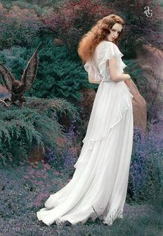 1930s or 40s style or even art nouveau/artist pre-raphaelite wedding  Svadebnoe_platje_Alena_Goretskaya_AG318_Viloria(2).jpg (689×1000)