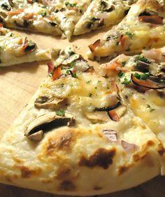 Ham and Mushroom Pizza♥