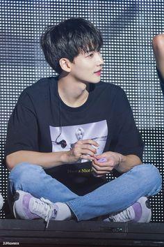 Hyungwon, Woozi, Wonwoo, Debut Themes, Hip Hop, Jeonghan Seventeen, Seventeen Debut, Seventeen Wallpapers, Pledis Entertainment