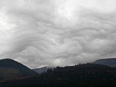 High Tatras, Slovakia. Beautiful strange clouds. High Tatras, Clouds, Mountains, Places, Nature, Travel, Beautiful, Naturaleza, Viajes