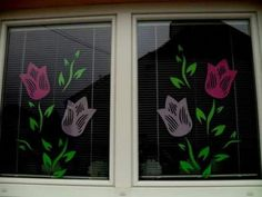 Induge in the beauty of Spring season with Easter Window decorations. Do window decorations for your home. Check out DIY Easter Window decorations here. Easter Crafts To Make, Easter Egg Crafts, Bunny Crafts, Flower Crafts, Diy And Crafts, Windows Color, Spring Window Display, Diy Easter Decorations, Window Art