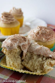 Cinnamon Snickerdoodle cupcake recipe - Ah. these are the best cupcakes I've ever made.