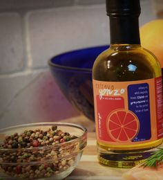 Blood Orange adds a lip-smackin' sweet citrus tang to liven up your favorite foods. Brighten the flavors of poultry, pork or fish. Add a drizzle to salads and sautéed or roasted veggies. https://extravagonzofoods.com/product/blood-orange-6-8-fl-oz/ . . . #oliveoil #flavoredoliveoil #flavor #garlic #bloodorange #grapeseed #grapeseedoil #organic #pure #clean #flavors #infused #premium #uniqueblend #culinary #vinegar #vinegars #oils #cook #blends #whitebalsamic #extravirginoliveoil…
