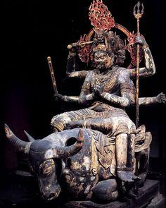 """仏像紹介BOTさんはTwitterを使っています: """"東寺大威徳明王像:真言密教における阿弥陀如来の化身として、 一切の悪を降伏させる力を持つ。梵名のヤマーンタカとは""""死神ヤマ(閻魔)をも殺す者""""という意味で、降閻魔尊とも呼ばれる。六面六臂六脚で、水牛(神の使い)に跨っている。https://t.co/HhhKgQVrlH"""""""