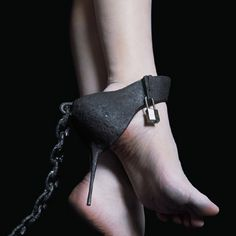 bdsm high heel slave chains