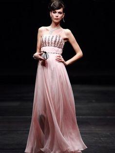 Such an beautiful dress
