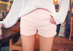 Today's Hot Pick :Pastel Mini Shorts http://fashionstylep.com/P0000UUB/elevenam/out Always rooting for a laid-back and relaxed style? If yes, these mini shorts is perfect for you. The item comes in pastel colors and features a hemline that touches mid thigh and has a zipper and a button for closure. The mini shorts would look best if tucked in with a long sleeved shirt. -Mid rise -Button and zipper closure -Mid thigh hemline -Colors: white, yellow, green, mint, pink and black