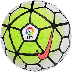 Nike Ball Pitch Primera Division    Nike Ball Pitch Primera Division    Hersteller: Nike...