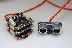 Oben eine IMU-Brick, in der Mitte ein Master-Brick mit angschlossenem Distanzsensor, ganz unten die RED Brick. Das ist eine gute Grundlage für einen autonomen Roboter.