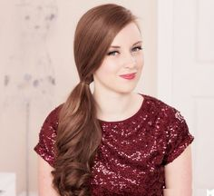 Valentine's Day hairstyles http://www.livefitandhealthylife.com/2015/01/romantic-hairstyles-for-valentines-day.html