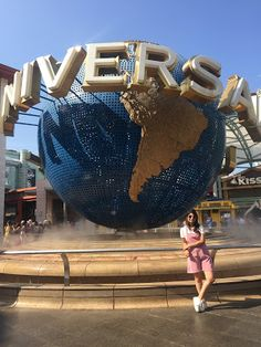 Trip to Singapore Universal Orlando Florida, Universal Studios Singapore, Singapore Guide, Singapore Photos, Singapore Outfit, Holiday In Singapore, Singapore Changi Airport, Blog Pictures, Fake Photo