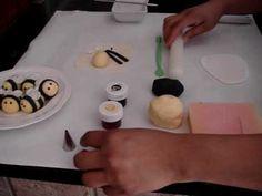 How to make a Fondant Bumble Bee HV: fondant massza ételfestékek Vásárolj meg mindent egy helyen a GlazurShopban! http://shop.glazur.hu