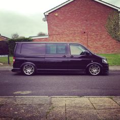 Vw T5 transporter with airride on 19s