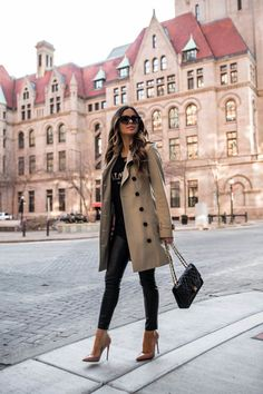 How to Save For Your First Designer Handbag - Mia Mia Mine Winter Fashion Outfits, Casual Fall Outfits, Classy Outfits, Look Fashion, Stylish Outfits, Autumn Winter Fashion, Winter Ootd, Preppy Outfits, Unique Fashion