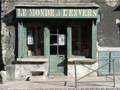 Vieille boutique de la Charité sur Loire
