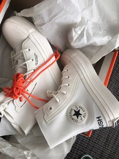 Brand new, men's size Mode Converse, Galaxy Converse, Converse Shoes, Shoes Sneakers, Converse Style, Dr Shoes, Swag Shoes, Hype Shoes, Me Too Shoes
