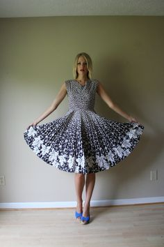 50s Novelty Leaf dress