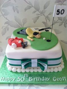 I decided to give this cake a comic twist with the golfer trying to blow his ball in to the hole , I hand made all the decoration for this cake and was well pleased with the golf bag and the golfer …. I added golf balls all around the cake to. Birthday Cakes For Men, 70th Birthday Cake For Men, Sports Birthday, Golf Themed Cakes, Golf Cakes, Golf Ball Cake, Theme Cakes, Dad Cake, Mini Tortillas