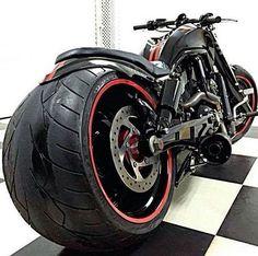 Taken from: 💀 @melbourneharleys 💀 Tag our page 👉 #fatassharleys 👈 #fatassharleys #harley #harleydavidson #chopper #harleyvrod #harleycustom #harleydavidsonvrod #vrodcustom #chopper #bobber #fatassharley #vrod #vrodharley #harleysofinstagram #harleynighster #vrodgram #harleygram #harleylife #biker #motorcycle #biker #bikerlife