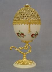 Ostrich Egg Art - Intricately Carved and Decorated Ostrich Egg Shells, Calligraphy on Ostrich Eggs