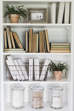 47 Favorite Modern Farmhouse Home Decor Ideas. Favorite Modern Farmhouse Home Decor Ideas There is nothing quite as warm and welcoming as an old farmhouse. This style of decorating practically begs friends and […] Craft Room Shelves, Shelving Decor, Book Shelves, Bookshelf Styling, Bookshelf Decorating, Bookshelf Design, Bookshelf Makeover, Rustic Bookshelf, Bookshelf Storage