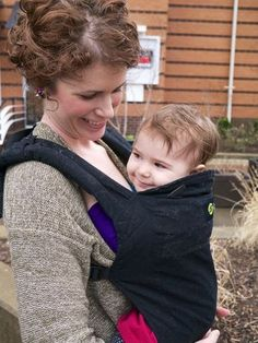Mothering is the largest natural family living and attachment parenting community online. Come join our diverse parenting community, join your Due Date Club, and work out your question on pregnancy, birth, breastfeeding and so much more! Boba Baby Carrier, Babywearing, Baby Wraps, Little Ones, Celebrities, Celebs, Baby Wearing, Infant Clothing, Celebrity