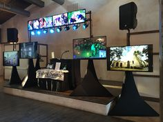 2 with 8 screen display for name or photos, for Videos and photos and satellite speaker for patio Satellite Speakers, Video Wall, Wedding Fair, Lighting System, Display Screen, Photomontage, Open House, Lost, Screens