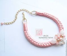 Купить или заказать Чокер 'Розовый фламинго' в интернет-магазине на Ярмарке Мастеров. Чокер 'Розовый фламинго' на косе из 100% микрофибры, украшен розовым кварцем и ювелирными кристалами. Сделает Ваш образ нежным и романтичным.