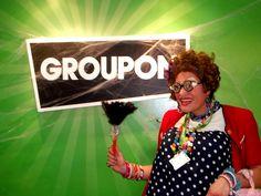 Ação de Endomarketing na GROUPON - 1º dia realizado com o sucesso desta impagável personagem.
