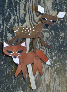 FREE printable paper fawn and fox for DIY Stick puppets