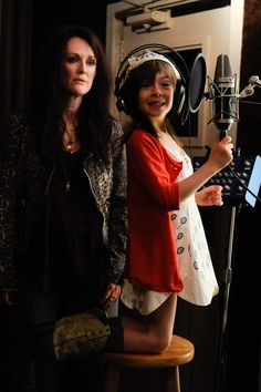 Julianne Moore and Onata Aprile in What Maisie Knew, in theaters this May. https://www.facebook.com/WhatMaisieKnew