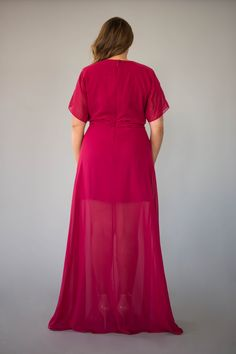 This ultra chic wrap dress combines style and comfort, allowing you to dance through the night. Berry Bridesmaid Dresses, Affordable Bridesmaid Dresses, Wrap Dress, Short Sleeve Dresses, Formal Dresses, Chic, Lady, Collection, Tops