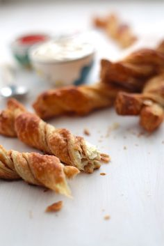20-Minute Cinnamon Twists - www.countrycleaver.com