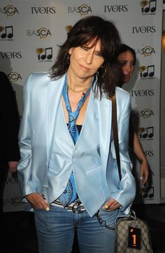 """~Hynde isn't singling out anyone for criticism, but her remarks come just days after actress Mayim Bialik took aim at Adriana Grande for wearing """"lingerie"""" to promote her new album. Description from blog.seattlepi.com. I searched for this on bing.com/images"""