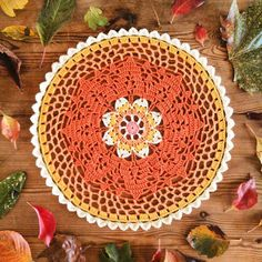 Inspired by the colors of autumn leaves I made an attempt to design an autumn-doily. I'm currently editing the last bit of my #tutorial and the pattern will be up on my blog soon.  I wish everyone a good weekend. by joakhui80