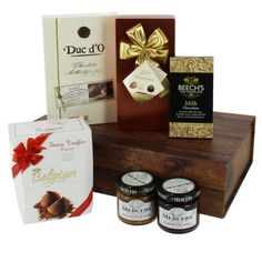 Honeysuckle Divine Chocolate Gift Box fantastic gift ideas with free delivery direct from www.serendipityhomeinteriors.com