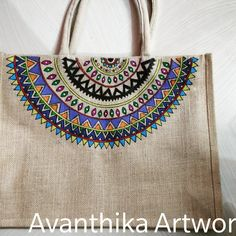 Canvas Painting Designs, Fabric Paint Designs, Fabric Painting, Jute Fabric, Fabric Bags, Jute Crafts, Fabric Crafts, Painted Bags, Hand Painted