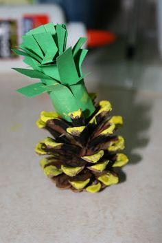 Hawaiian Hullabaloo Week:Dizzy for Kindergarten: Hawaii! Craft Activities, Preschool Crafts, Crafts For Kids, Science Crafts, Hawaiian Art, Hawaiian Theme, Hawaii Crafts, Luau Crafts, Spongebob Crafts