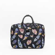 New in! Bayun laptop bag | AW1920 Collection |  #bags #backpacks #shoponline #bolsos #accesorios #laptopbag #prints