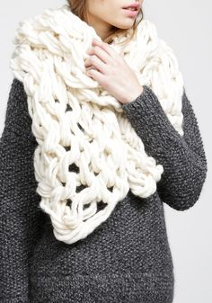 Scarf// i'd like to figure out how to make one.