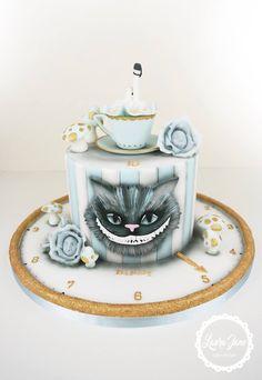 Alice in Wonderland cake - by Laura Jane Cake Design