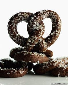 Chocolate Pretzels - oh, my kids will flip over these!