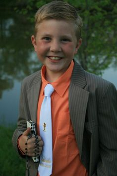 Stylish outfit for a boy's First Communion #firstcommunion #religiousevents