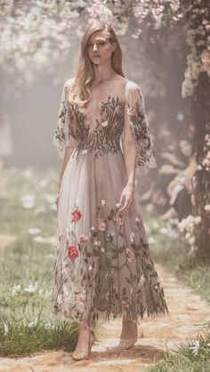 Paolo Sebastian Spring 2018 – Tea-length tulle gown with floral embroidery and wing sleeves Disney Wedding Dresses, Dream Wedding Dresses, Wedding Gowns, Disney Inspired Dresses, Wedding Disney, Disney Weddings, Fairytale Weddings, 1920s Wedding, Themed Weddings