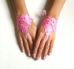 Wedding leaf gloves bridal gloves lace gloves by GlovesByJana Pink Gloves, Lace Gloves, Fingerless Gloves, Wedding Gloves, Pink Walls, I Tattoo, Bridesmaid, Bridal, Trending Outfits