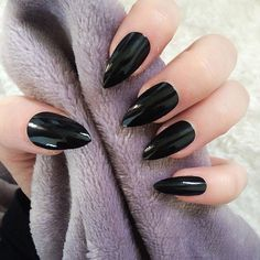 001 Doobys Stiletto - Black Gloss / Gel Look - 24 Pointy Claw Nails Press on nails Designer