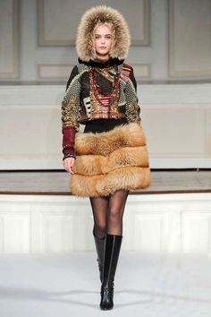 Oscar De La Renta, Russian military inspired