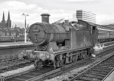56xx class no.5642. Birmingham (Snow Hill) 14 September 19… | Flickr Diesel Locomotive, Steam Locomotive, Brown University Campus, Steam Railway, Abandoned Train, British Rail, Great Western, Hill Station, Steam Engine